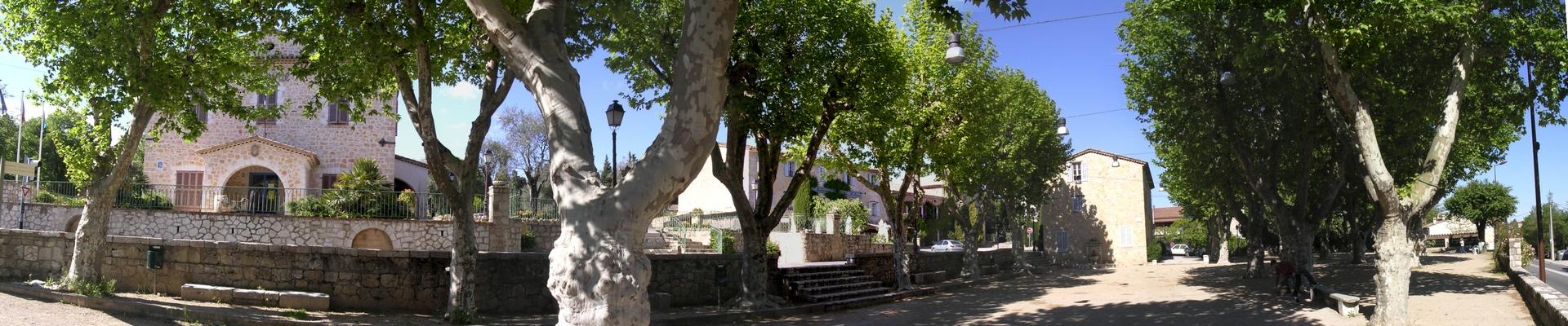 Bandeau Place du village Le Rouret