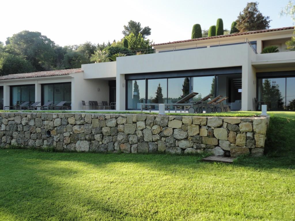 Villa contemporaine Le Rouret